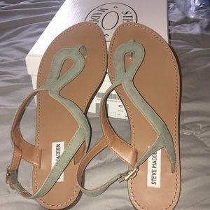 Steve Madden takeaway sandals excellent condition
